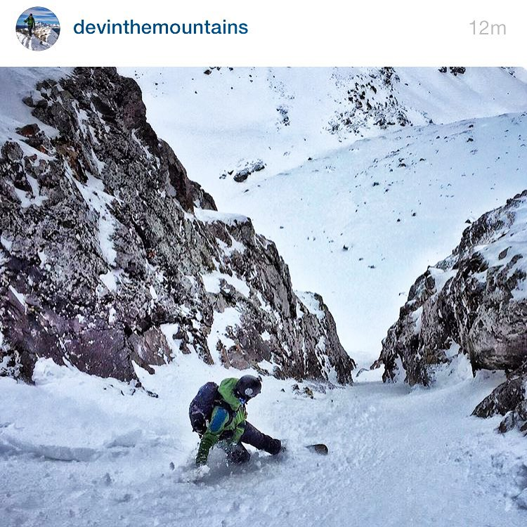 #A7Renegade @devinthemountains has been killing it in the early season. He's got 25 days of this and counting. How's your season total looking?  Follow him for rad shred action. #avalon7 #liveactivated #snowboarding www.avalon7.co