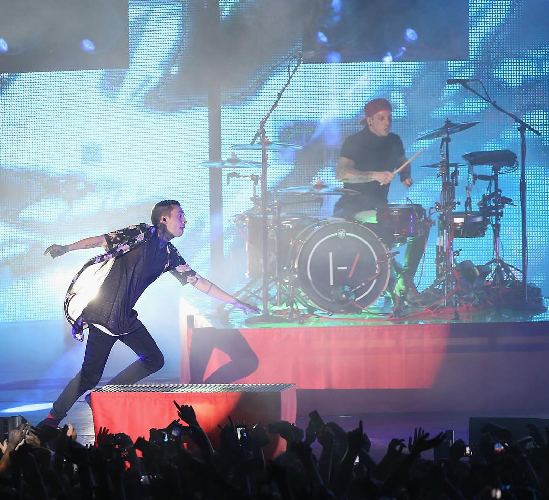 @TwentyOnePilots will perform at Englewood, CO's Gothic Theatre tonight.  They're gonna rock #XGames Aspen on Fri., Jan. 29!