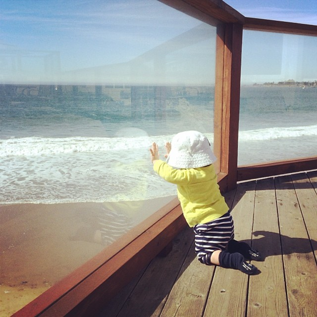 one year old and he wants to surf:) happy birthday Leo !