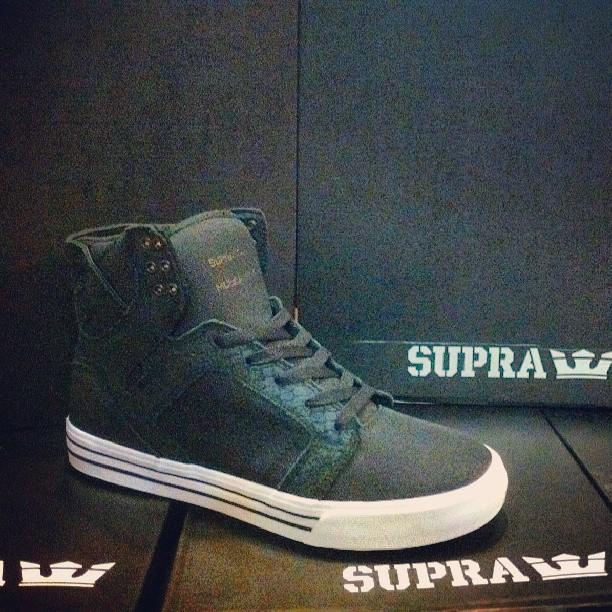 llegaron todas! #suprafootwear #supraskytop #chadmuska #avStaFe3679