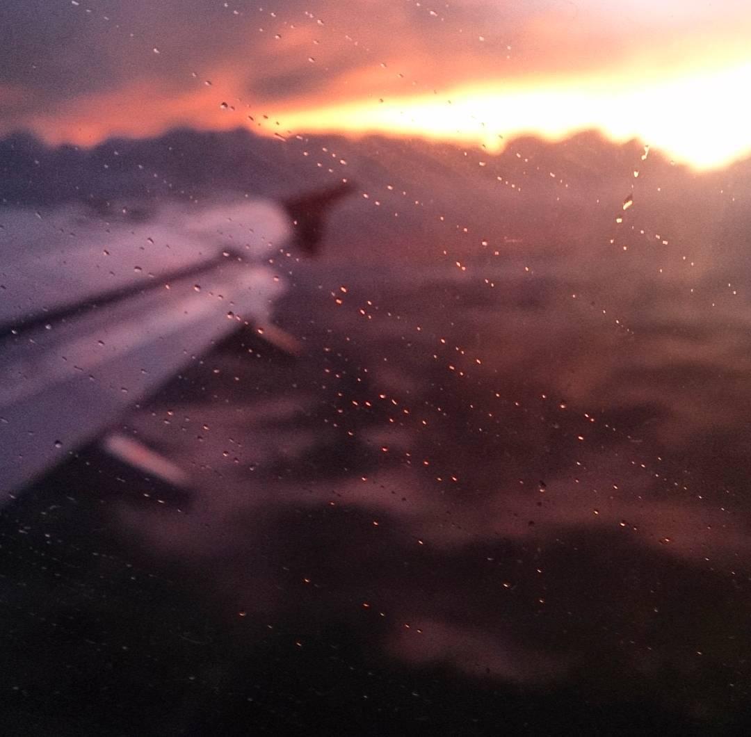 Y se terminaron las vacaciones en  #Colombia. Vuelta a #Panama  #sunrise