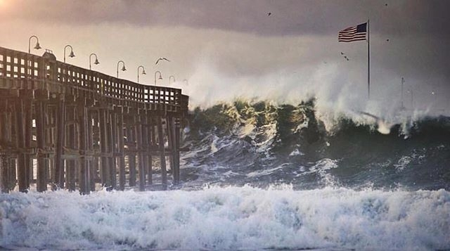 #home regram @jattmones Ventura 12/11/2015.  You really have to see it in person to feel the power but I heard pylons were breaking off the pier and waves were crashing into the streets of Pierpont.  #surf #ventura #waves