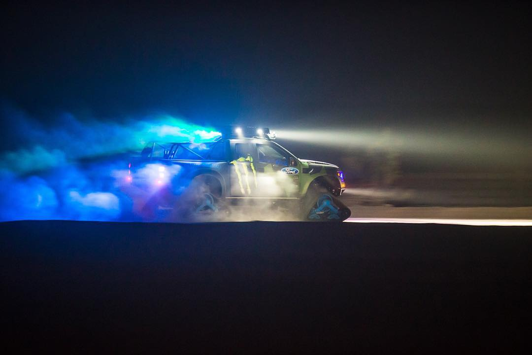 Night crawlin' in the #RaptorTRAX. @kblock43 |