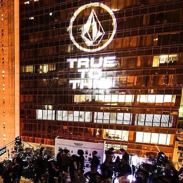 Estamos próximos a nuestra premier #TrueToThis en Argentina! Estén atentos !!! #staytune #ttt #premierArgentina