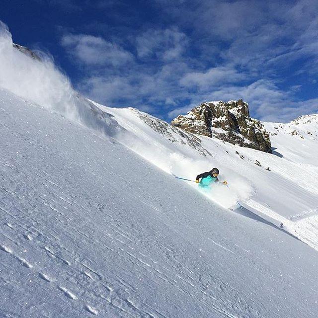 Nothing like fresh snow! ❄️ Repost from @squawalpine featuring @aengerbretson ✨ #takeapeak