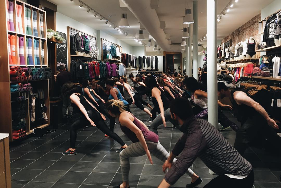 Getting our Sunday sweat on with @bodyconceptions x @lululemon #LifeWithoutLaces