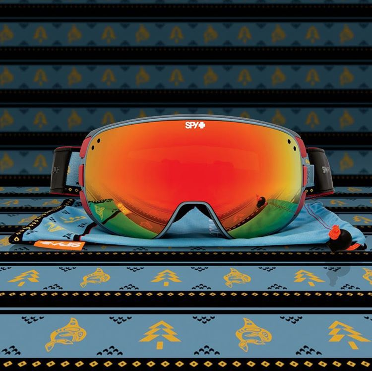 Smile in style in the SPY + @arcadebelts Bravo snow goggle and matching belt!  Shop at http://bit.ly/SPYxArcade.  #SEEHAPPY