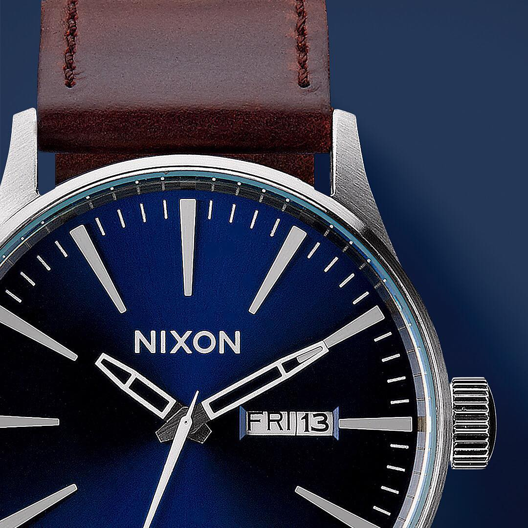 It's not a fad or a trend, classic styling stands the test of time. Get to know #Nixon's range of essential, classic men's watches like the #SentryLeather,  sure to make many on your holiday list happy. #GetGifting