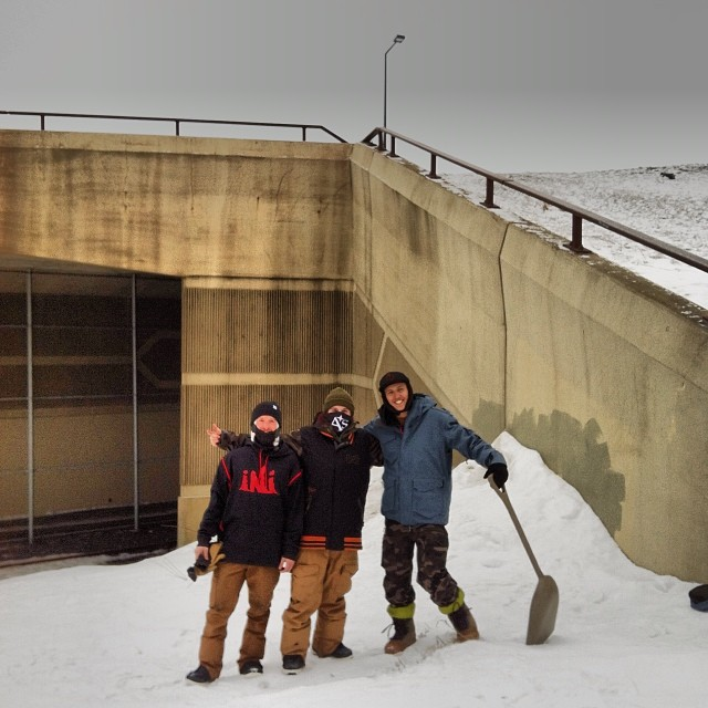 Team trip out to Duluth, Minnesota with @jeremycloutier @nial_romanek @rakejose421 . Too much to choose from up here! @think_thank @brothers_factory @radgloves @smokinsnowboards @axisboutique @drewbiedooby