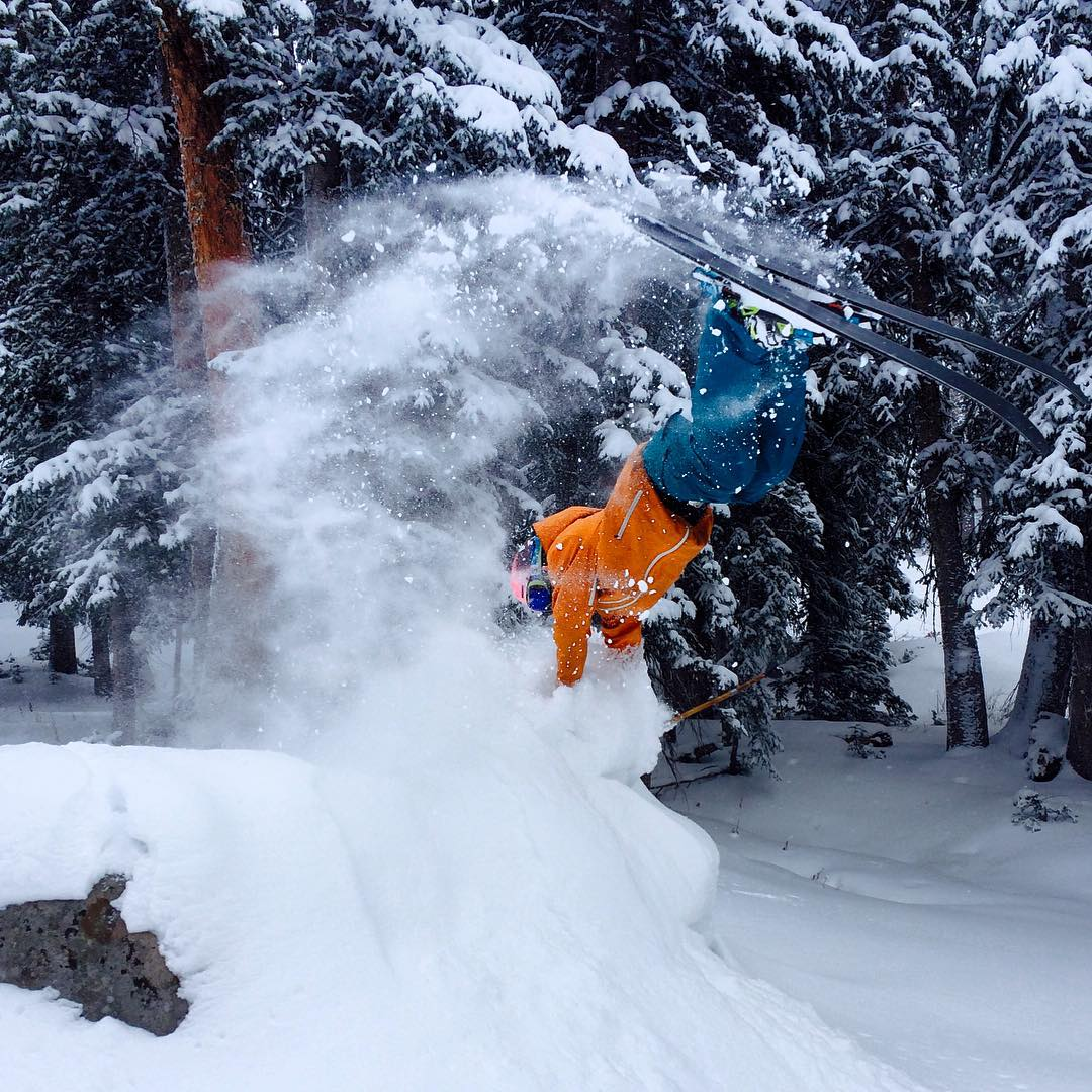 TanSnowMan had himself a glorious first day of lift accessed shredding yesterday at Brighton, demonstrating here an inverted Class 3A #PANDALANCHE--potentially the first documented of its kind... Many thanks to Shayne, Niels, Hans, Andrew, and Cal for...