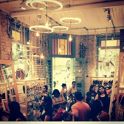 @casaperky  Un espacio más para compartir nuestros diseños , confort y amor #pasionxperky #perkyxahi #misperky #eudeperky #shoes #shop #diseño #desing #style #followme