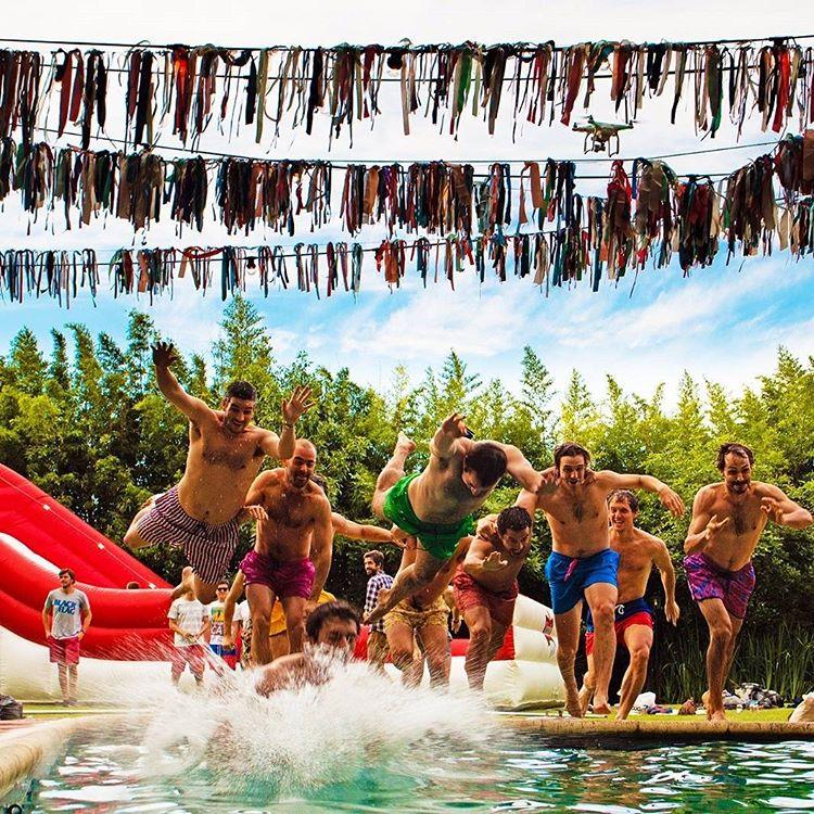 Ya tenes tu @panzapeople para la poolpa que tenes este fin de semana??? Este verano garpa tener panza