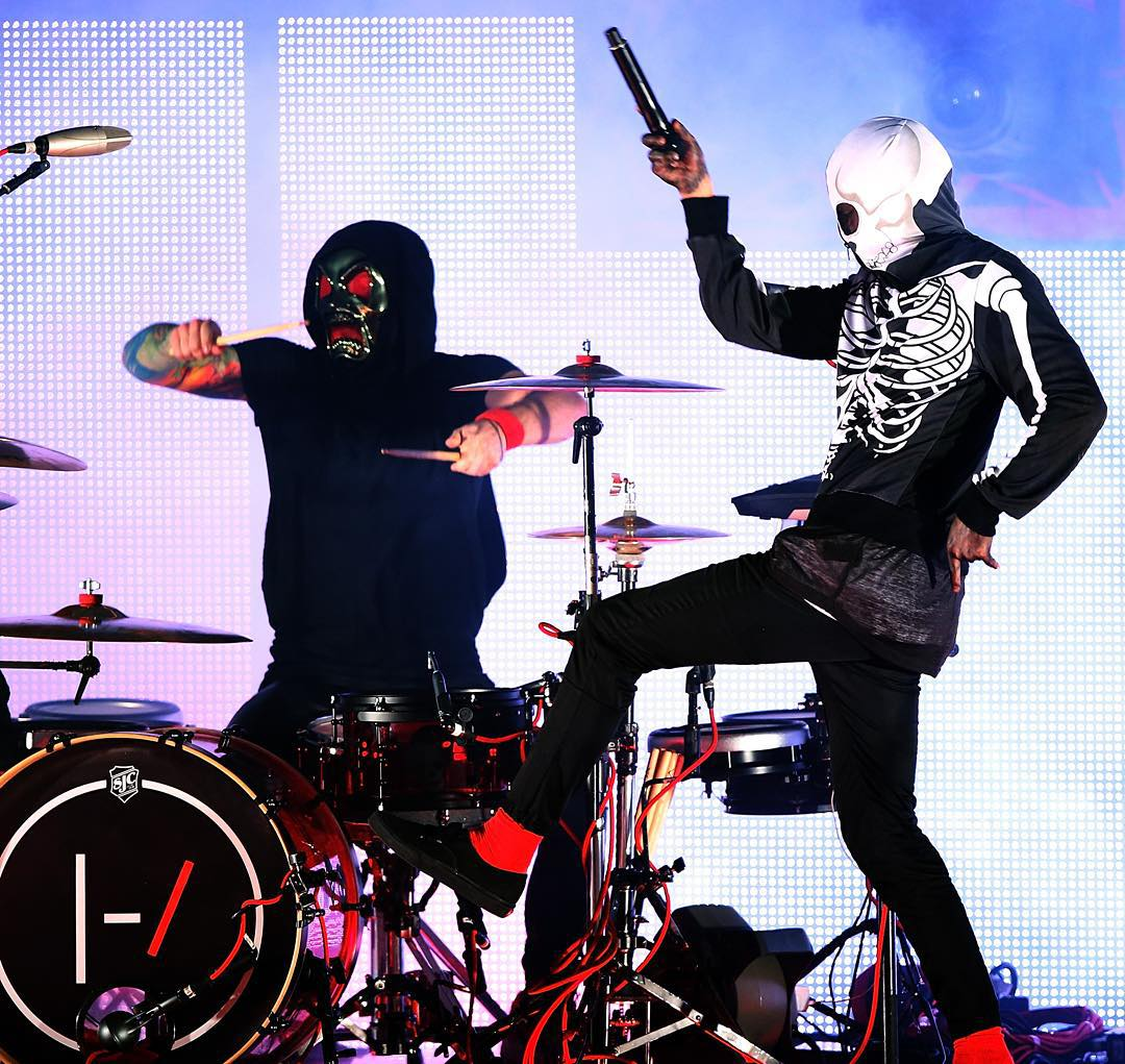 #XGames Aspen perførmers @TwentyOnePilots are gønna røck @FallonTonight at 11:35 pm ET!  They're gønna set #XGames Aspen øn