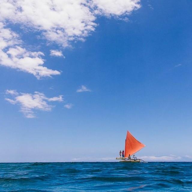 The @mfieldart sailing canoe.  #sarahleephoto #funinthesun #mfield