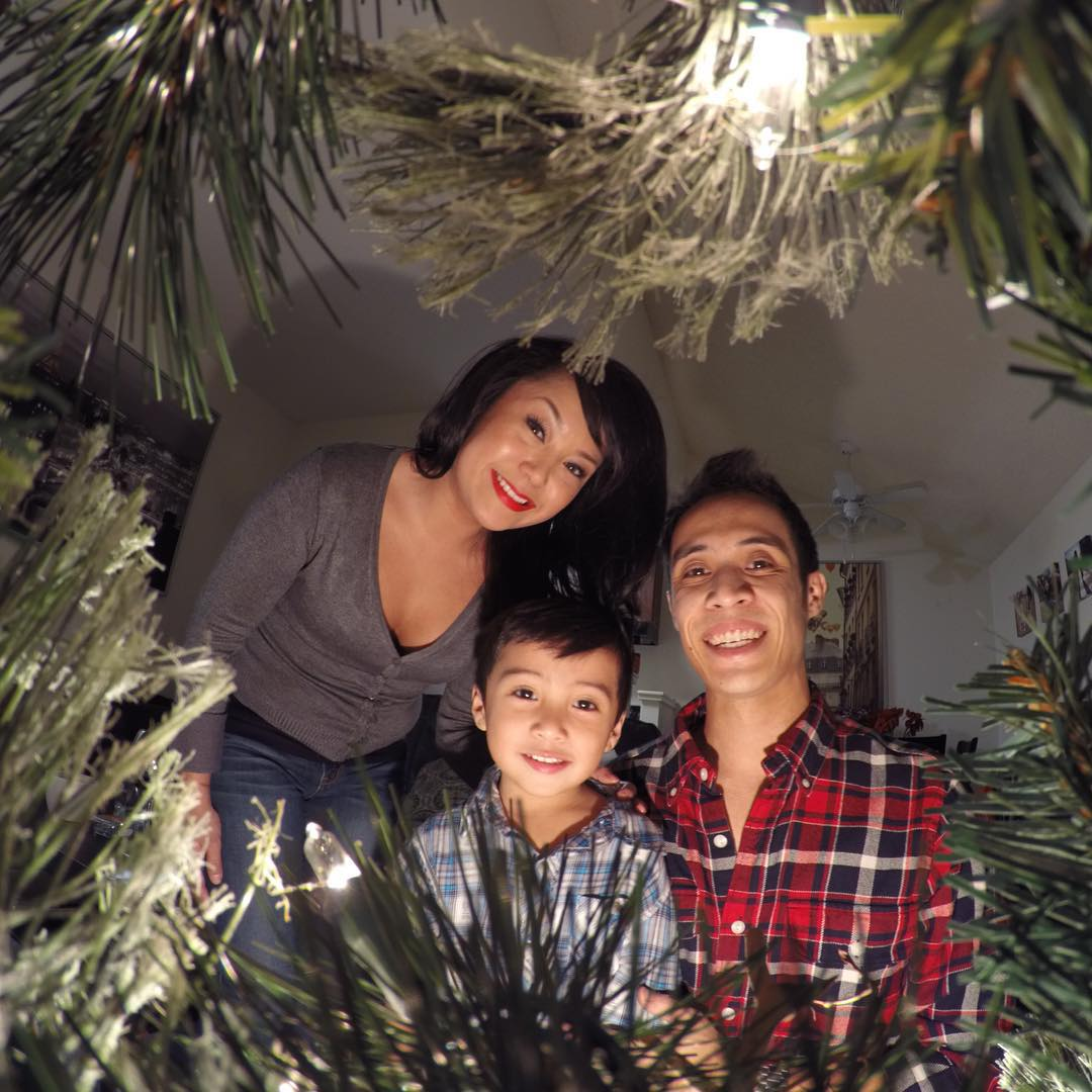 Dear Santa, all we want for Christmas is a #HERO4Session ornament for the tree! Want to share the Christmas morning fun? Tag your family + friends for a chance to win a #Session! #