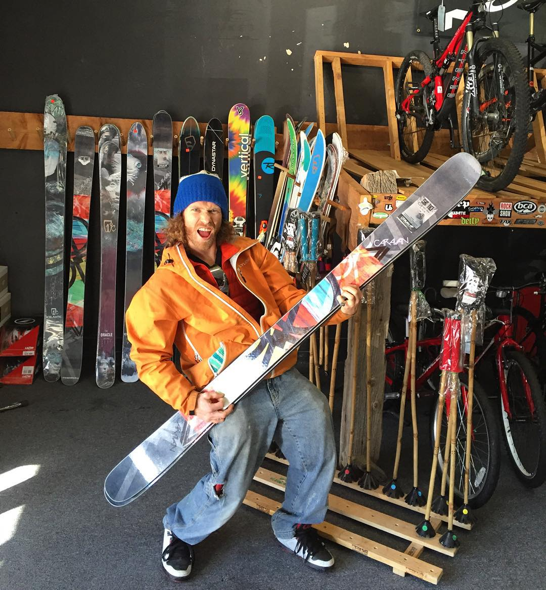 The Panda Chief couldn't be more stoked on his new bamboo shred sticks from Caravan Ski Collective! HandCrafted with bamboo cores, basalt sidewalls, and eco epoxy, the skis are not only extremely well built, but are also far more sustainable to produce...