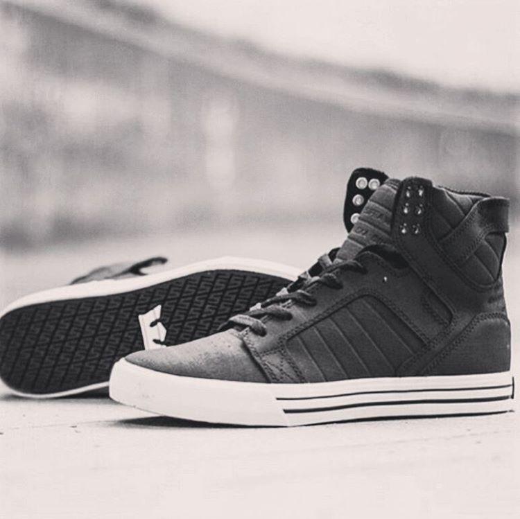 #suprafootwear en talles desde 36 en #avstafe3679 .. seguimos con las #12cuotassininteres #supraargentina #supraskytop