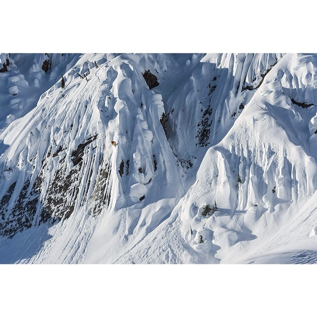 @richardpermin straight-lines the Alaskan mountains while hucking himself off giant cliffs in #DOMY2014. Click the link in our profile for the latest episode.