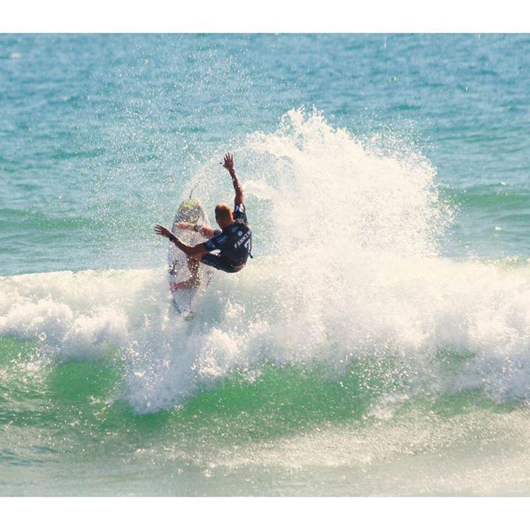 Mick Fanning wins! Congratulations @mfanno #hurleypro #hurley #ripcurl @wsl @ripcurl_aus #australia #surf #graceflix