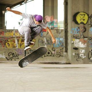 #spiralshoes #skateboarding #goskate #classicsshoes @axlmat  Spiral Shoes