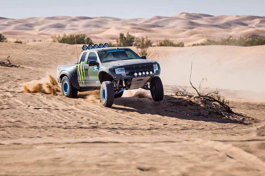 It's Friday! Show us what you're shredding this weekend. HHIC @kblock43 putting that prerunner Raptor through its paces.