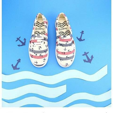 Nuestras Slider ..usa las como quieras 2 en 1 #slider o #pancha #marina #marinero #shoes #ancla #viernes