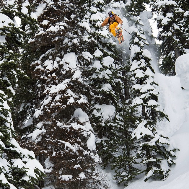 So. Much. Powder. @RichardPermin finds his perfect line in the latest episode of #DOMY2014. Click the link in our profile for the full video.