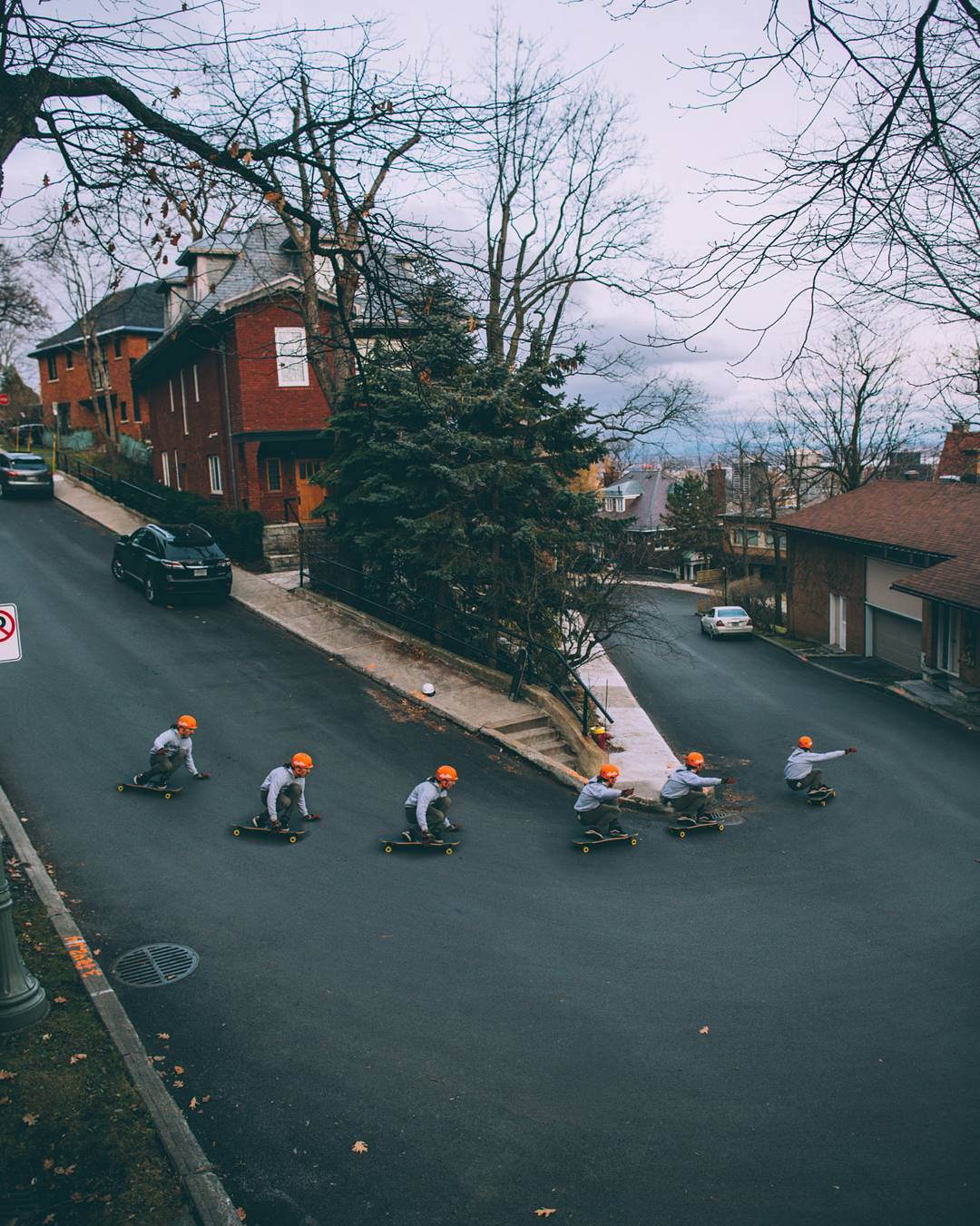 #OrangatangAmbassador @charlesouimet has also perfected his cloning machine.  Here we see generation 1 Charles lead generations 5-9 through a urban hairpin in Montreal.  Gotta teach them clones proper lines or else they'll never learn!  Photo:...