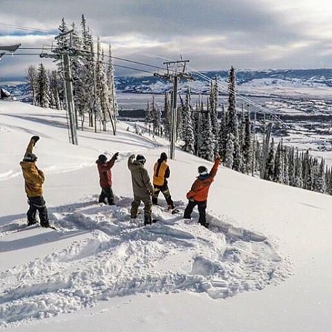 Don't forget to #mobthemountain with your friends tomorrow for #WorldSnowboardDay! Grab your crew and make it happen!  If you're in @jacksonhole this morning come check out the new Teton Lift, it's amazing! Heavy crew about to drop... @travisrice...