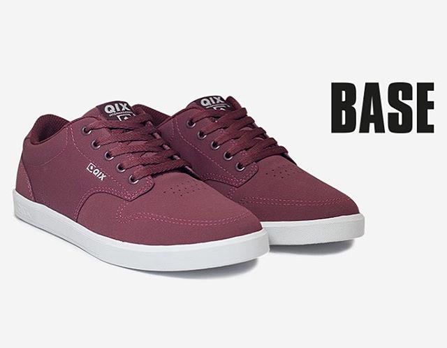 O modelo BASE tem um design atual e combina com com qualquer estilo. Disponível nas lojas de todo o Brasil.