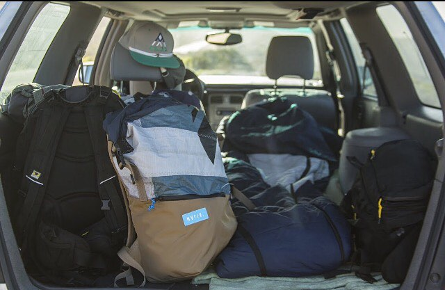 It's the weekend  time to venture out! The super spacious roll top #Tour Pack is seen here at the start of a road trip. See the latest #unique Tour Pack options at the link in our bio.  #traveling #california  Ph @greg_mares