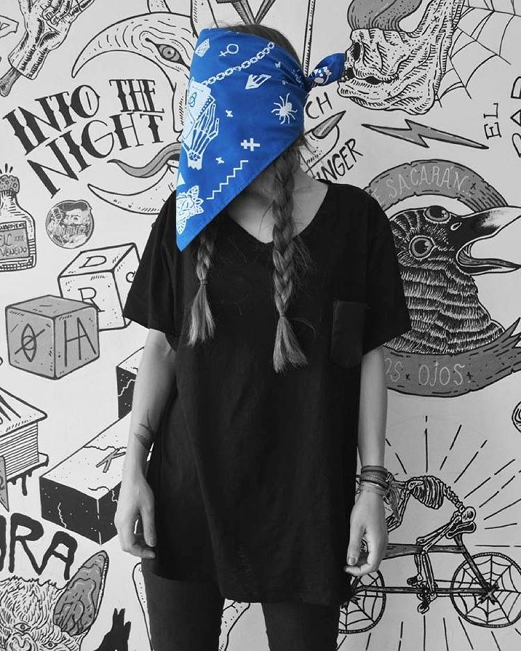 Bandana M A G I C // Navy // úsala como quieras //// #look #design #style #mode #moda #blue #bandana #pixel #pixelart #trend #fashion #cool #photo #photooftheday #black #look #girl