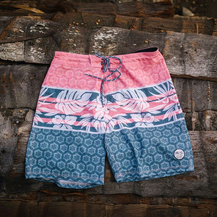 New arrival to the #vaporboardshort family, The Lotus! #designedtostayon  Available now in stores or at www.bodyglove.com