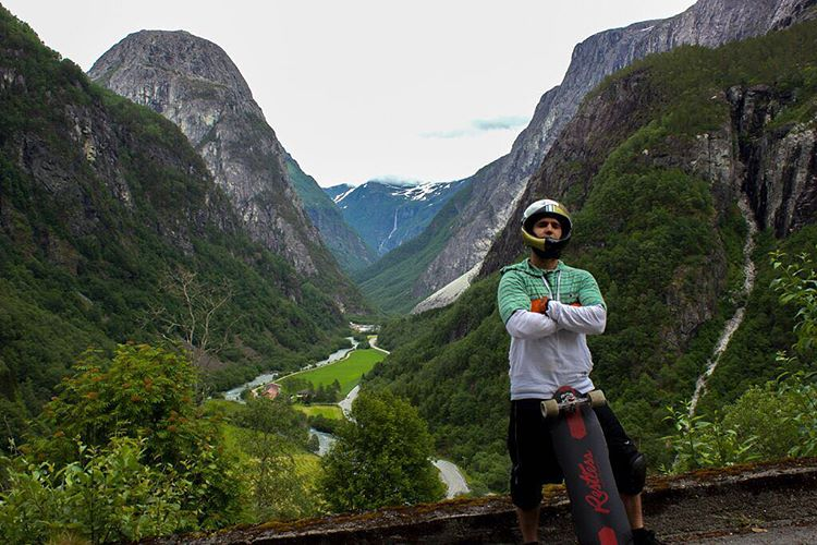 @niko_dh chillin over a Fjord in Norway somewhere. #predatorhelmets #DH6 #originalpredatordesign #norway #fjord