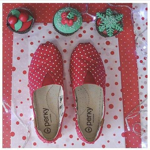 Esperando a papa Noel #navidad #christmas con #perkyshoes