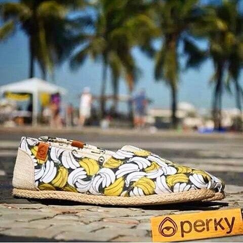 Aires tropical con @perkyshoesar  #perkyshoes #amorxperky #misperky #perkyxahi #instalike #smile #surf #verano #summer #playa #style #look #flowers #shoes #love #followme #follow