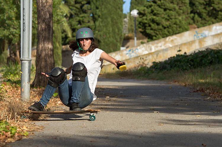 Spanish rider @ainhoacanoa killin it!  Photo by @agboton  #longboardgirlscrew #womensupoortingwomen #skatelikeagirl #skatelikeagirl #ainhoacanoa
