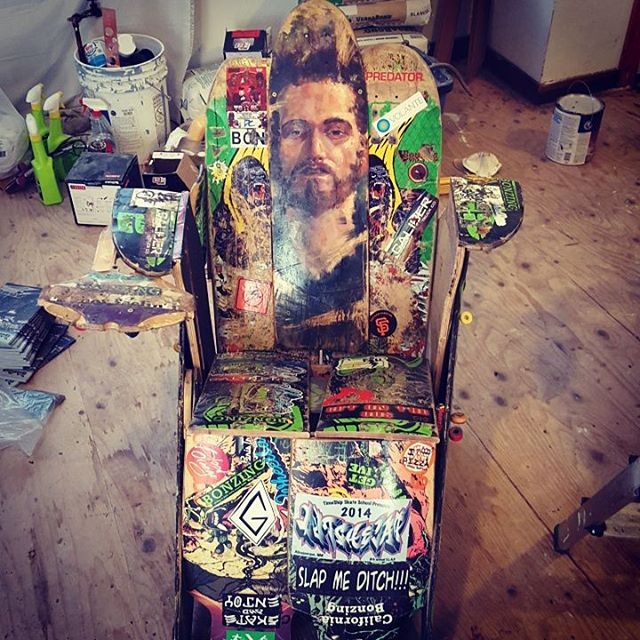 Dead Freds masterpiece of broken boards made into a chair is alive well and has new a home at Bonzing HQ!  #deadfred #bonzing #sunsetsliders