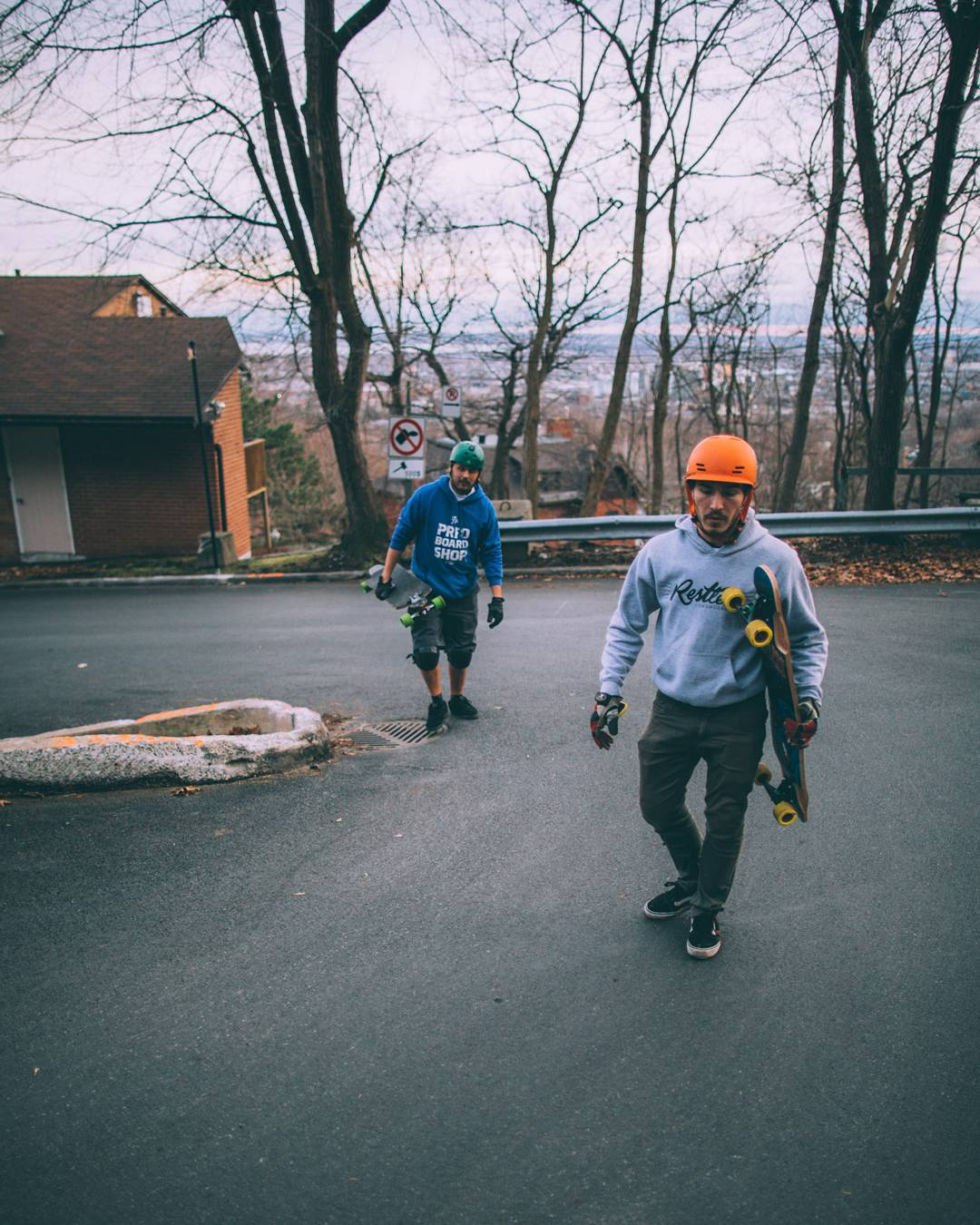 Skateboarding is all about fun and friendship.  #restlessboards #restlessfishbowl