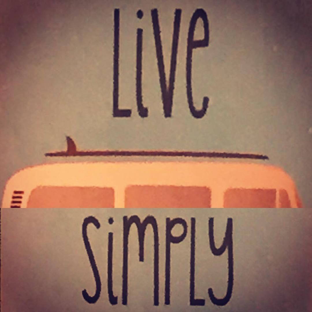 Feliz Navidad para todos... #navidad #chilimango #surf #surfers #surfstyle  Y nunca olviden live simply...