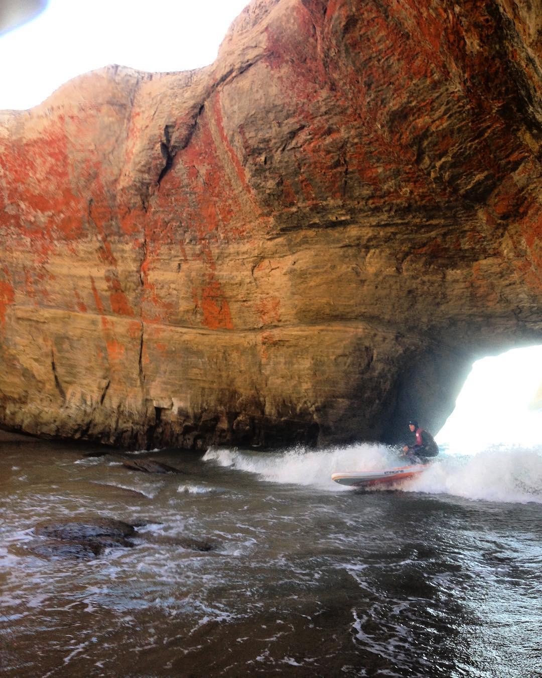 Down to surf whatever  #showupandblowup #imaginesurf #tbt #shivermetimbers #melekalikimaka #standupjournal #bamboopaddle #paddlehawaii #kaenon #navitasnaturals #rareform #itakebioastin