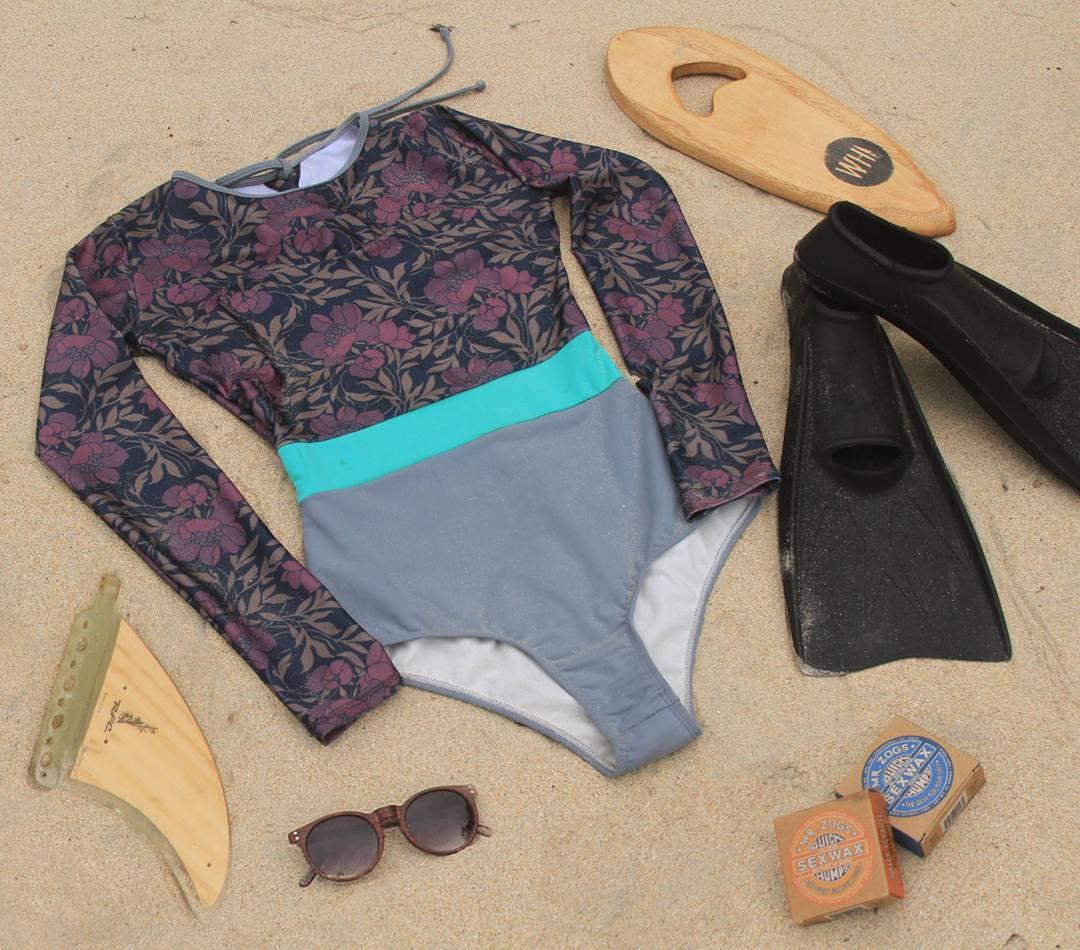Visualizing wishlist for xmas #katwai #surfsuit #handplane #flippers #fins #wax #sunglasses
