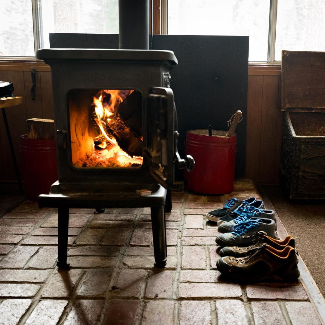 Name one thing better than a toasty fire on Christmas morning.... We're totally stumped too. #gorumpl