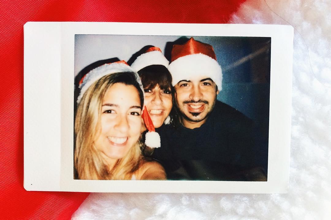 Feliz navidad .