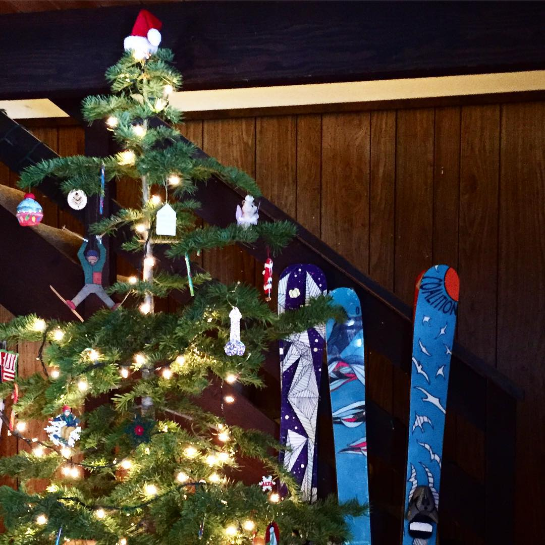 Merry Christmas from @coalitionsnow to YOU!  We sure hope your tree has skis and friends around it!  Enjoy the snow, holiday, and loved ones!  #sisterhoodofshred #Christmas #skis #winter