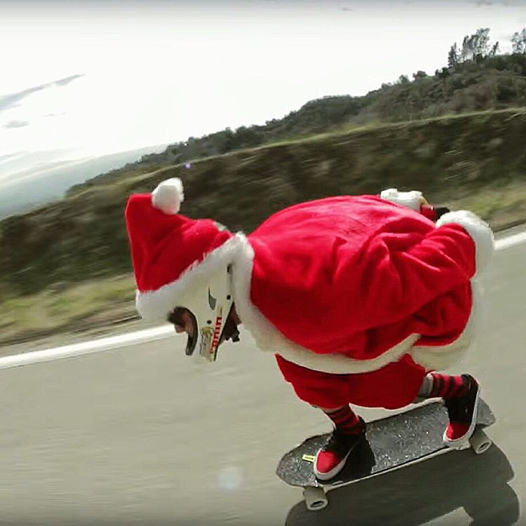 Merry Christmas ya filthy animals! Hope everyone is enjoying their Christmas Day. #divinewheelco #divinewheels