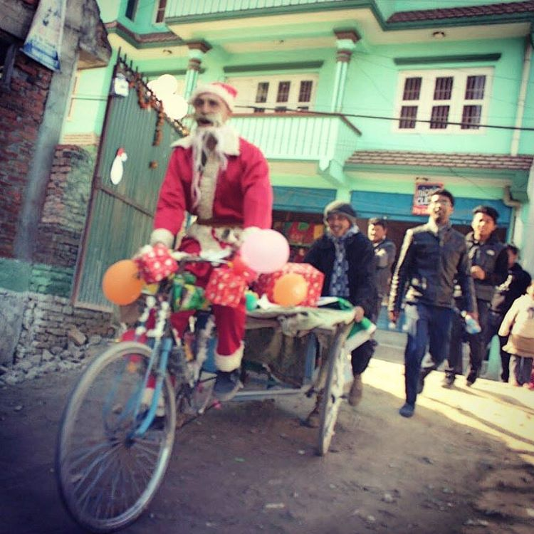 Our buddy Danny who's painting murals with students here in Kathmandu decided to dress for the occasion. Merry Xmas from Nepal ✌
