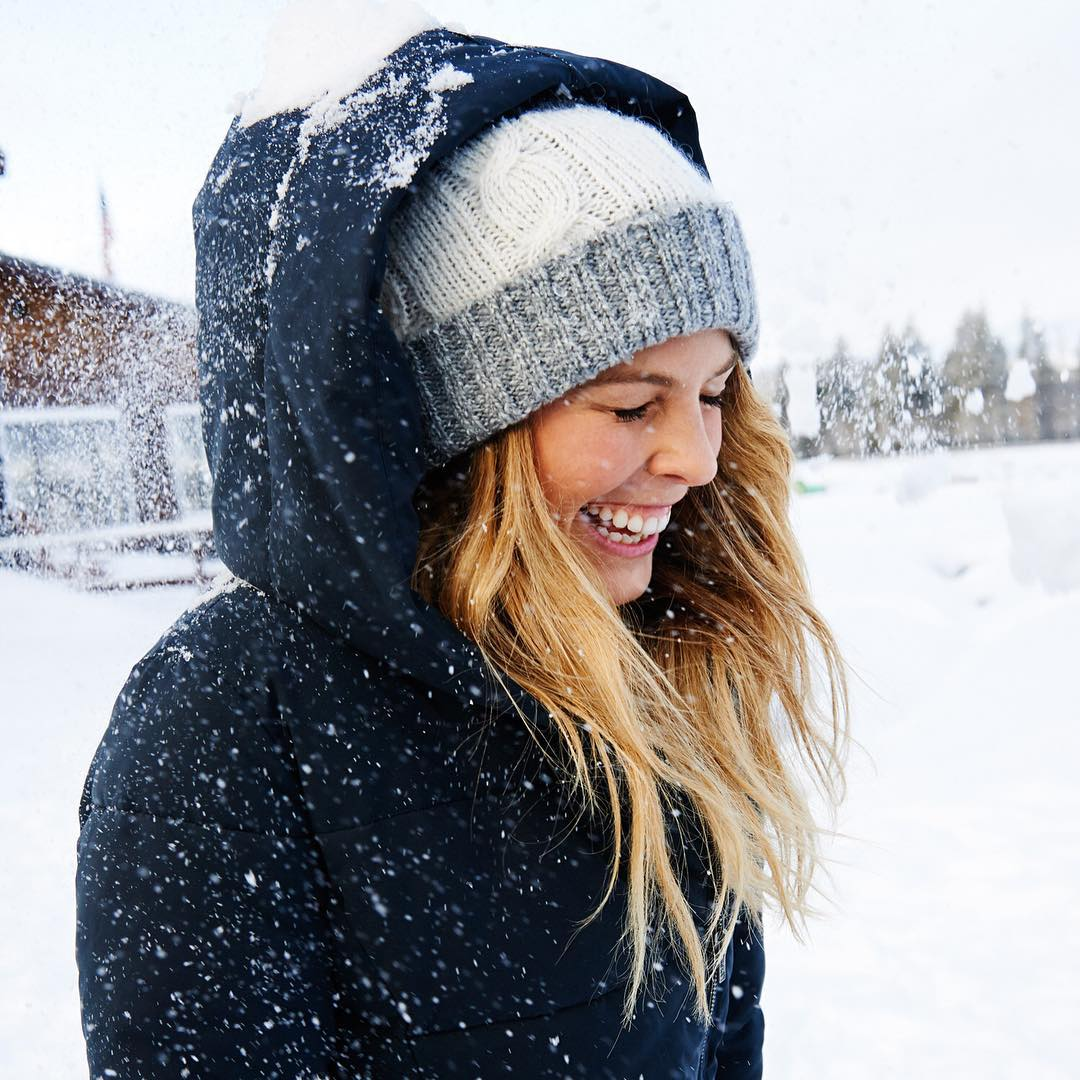 A cheeky birthday snowball fight with @torahbright! Make sure you hit up her Instagram with lots of birthday wishes
