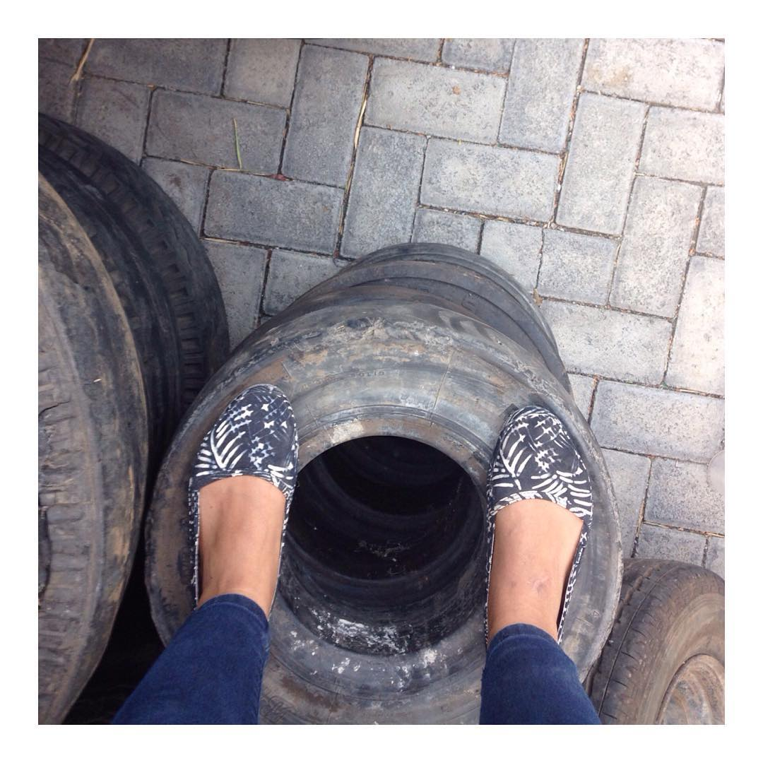 #TiresToSoles ...on tires. Pictured here is the #KelapaShoe 〰 'kelapa' means coconut in Indonesian.
