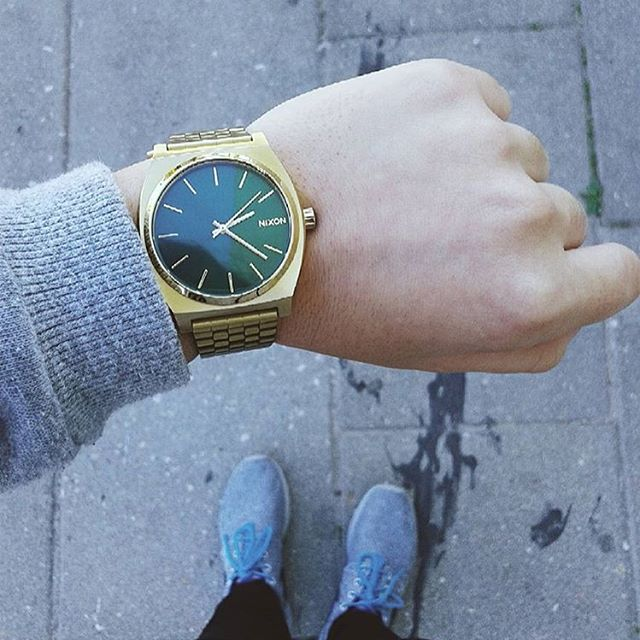 Always in style, always looking good: the #TimeTeller as worn by @martaisabel99. #Nixon